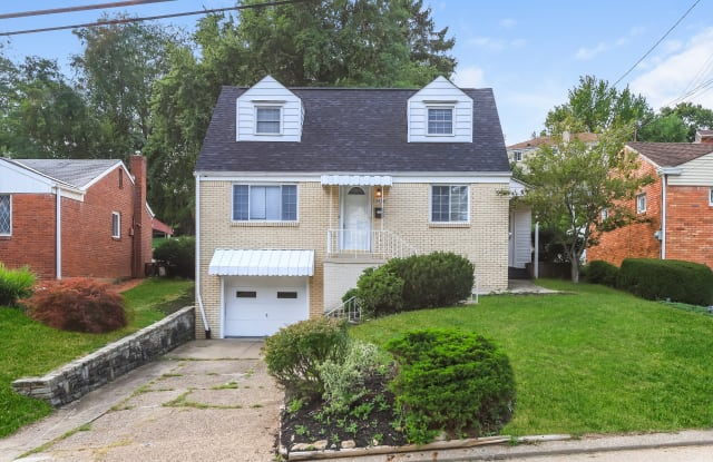 2436 N Meadowcroft Ave - 2436 North Meadowcroft Avenue, Pittsburgh, PA 15216