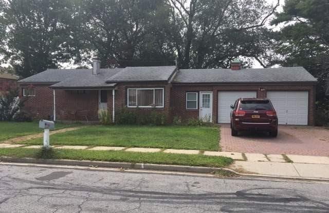 19 Carman Blvd - 19 Carman Boulevard, East Massapequa, NY 11758