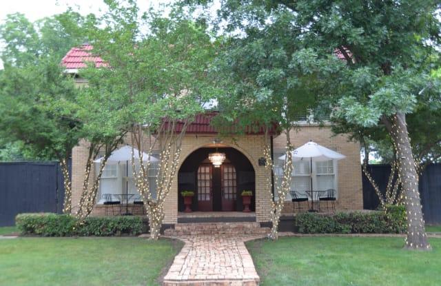 Barcelona - 5820 Reiger Avenue, Dallas, TX 75214