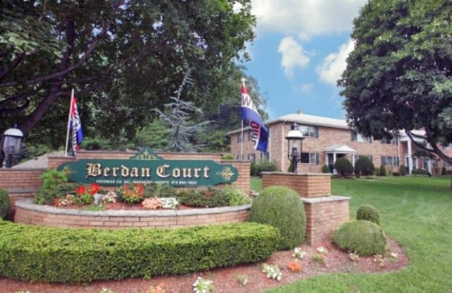 Berdan Court - 2 Hazen Ct, Passaic County, NJ 07470