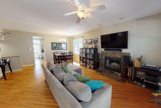 2853 N Wolcott Avenue, Unit B - 2853 North Wolcott Avenue, Chicago, IL 60657