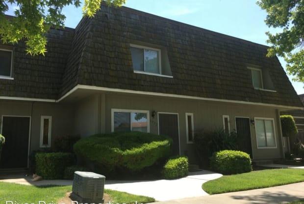 1948 Shadowbrook Dr - 1948 Shadowbrook Drive, Merced, CA 95348