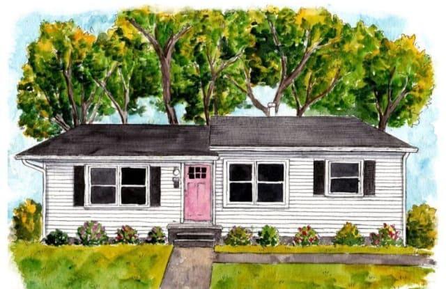 1924 Bird Avenue - 1924 Bird Avenue, Joplin, MO 64804
