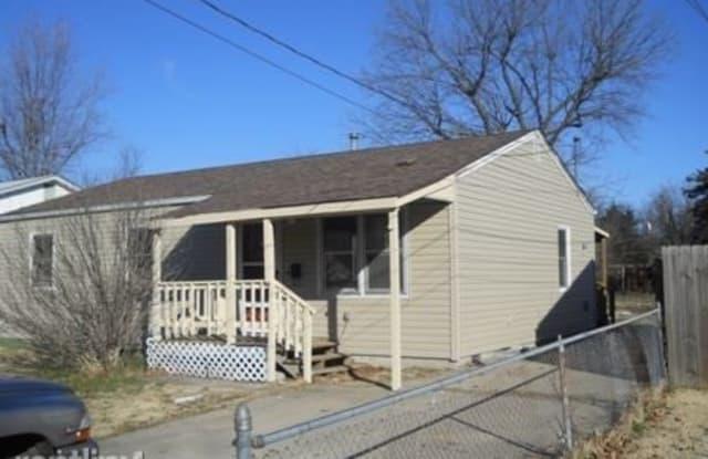 1711 W Webster St - 1711 West Webster Street, Springfield, MO 65802
