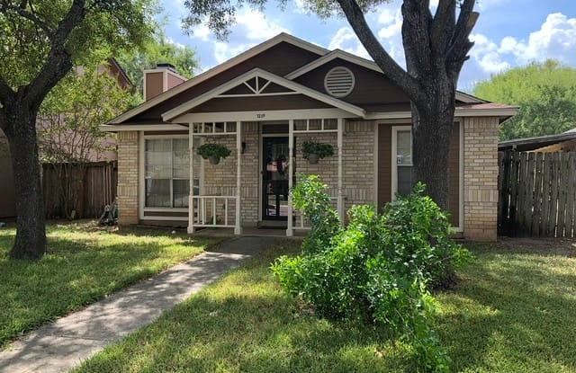 7239 FERNVIEW - 7239 Fernview, San Antonio, TX 78250
