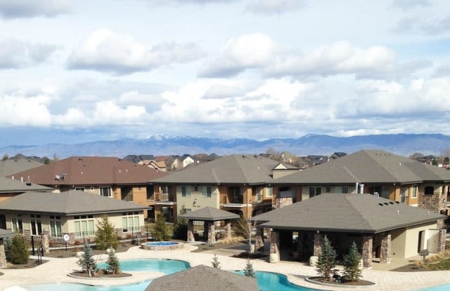 Red Tail Apartments - 121 E Victory Rd, Meridian, ID 83642