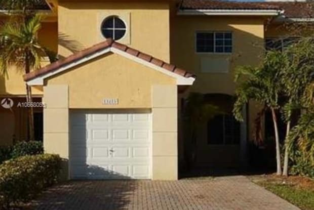 13271 SW 143rd Ter - 13271 Southwest 143rd Terrace, Three Lakes, FL 33186