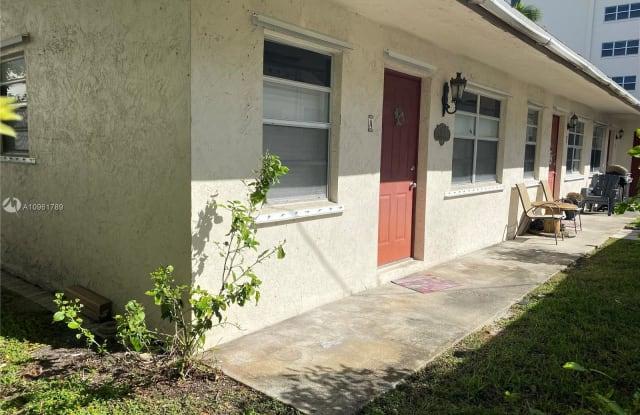1717 Buchanan St - 1717 Buchanan Street, Hollywood, FL 33020