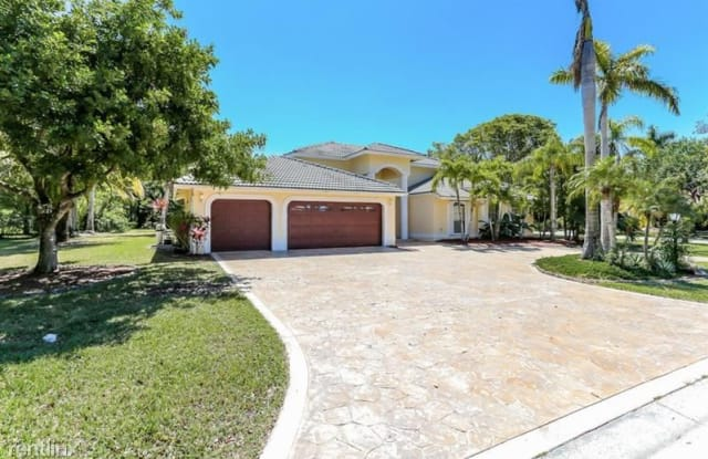 6210 NW 82nd Ave - 6210 Northwest 82nd Avenue, Parkland, FL 33067