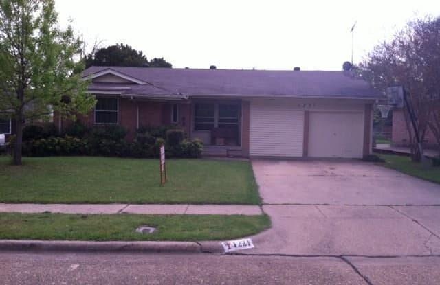 1221 Magnolia Drive - 1221 Magnolia Drive, Richardson, TX 75080