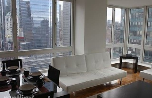 326 W 43rd St - 326 West 43rd Street, New York, NY 10036
