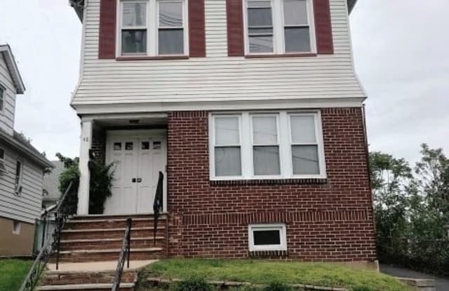 48 GILLESPIE RD - 48 Gillespie Road, Essex County, NJ 07003