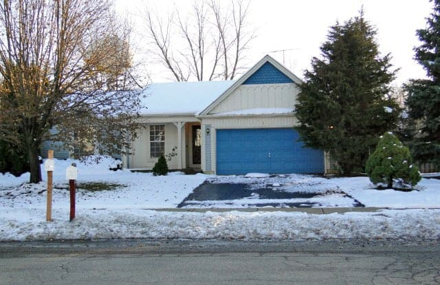 2131 CUMBERLAND Parkway - 2131 Cumberland Parkway, Algonquin, IL 60102