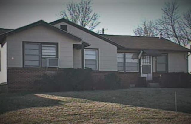3922 E 1st St, #West duplex - 3922 East 1st Street, Tulsa, OK 74112