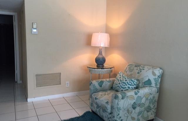 2960 Cynthia Lane - 2960 Cynthia Lane, Lake Worth, FL 33461