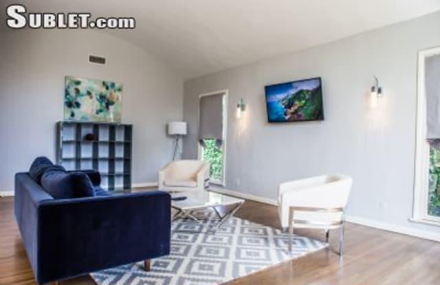 315 Highland Ave - 315 N Highland Ave, Los Angeles, CA 90036