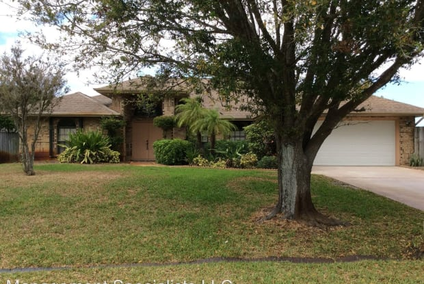 409 SW Whitmore Dr - 409 Southwest Whitmore Drive, Port St. Lucie, FL 34983