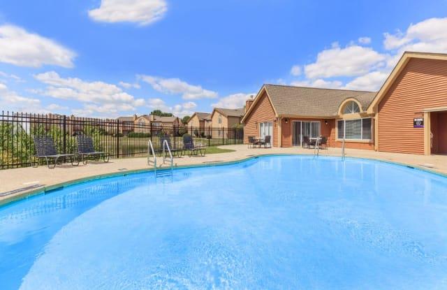 Cross Creek Apartments - 5756 Cross Creek Dr, Indianapolis, IN 46254