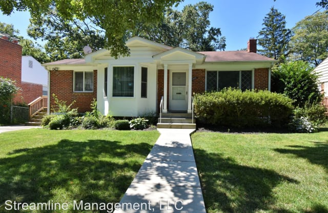 9922 Mayfield Dr - 9922 Mayfield Drive, North Bethesda, MD 20817