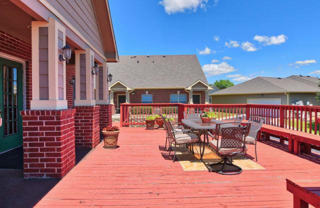 Braunfels Place - 1231 Huisache Ave, New Braunfels, TX 78130