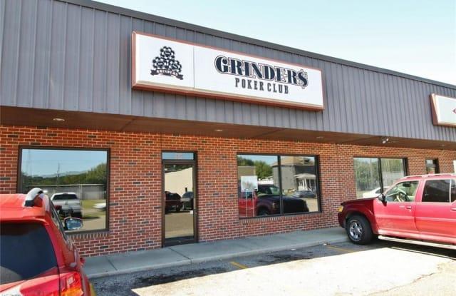 969 Linden Ave - 969 Linden Avenue, Zanesville, OH 43701