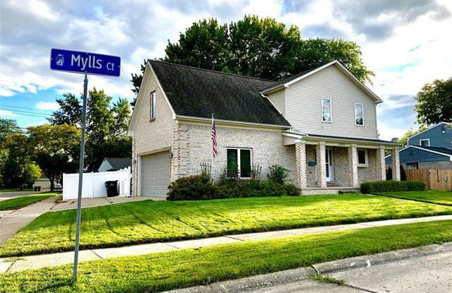 22212 MYLLS Court - 22212 Mylls Court, St. Clair Shores, MI 48081