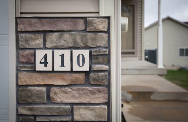 410 Aspen Drive - 410 Aspen Drive, Norwalk, IA 50211