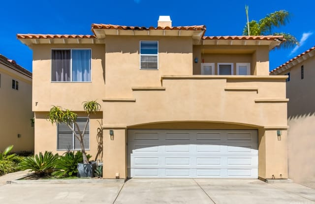 302 E 16th Street - 302 East 16th Street, Costa Mesa, CA 92627