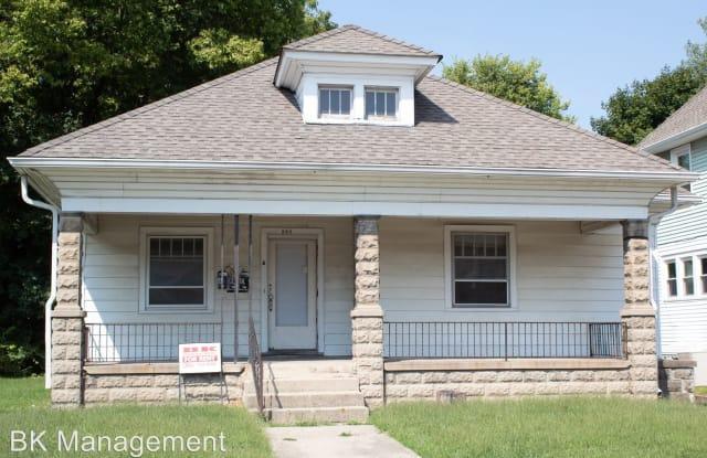348 W Oak Street - 348 West Oak Street, West Lafayette, IN 47906