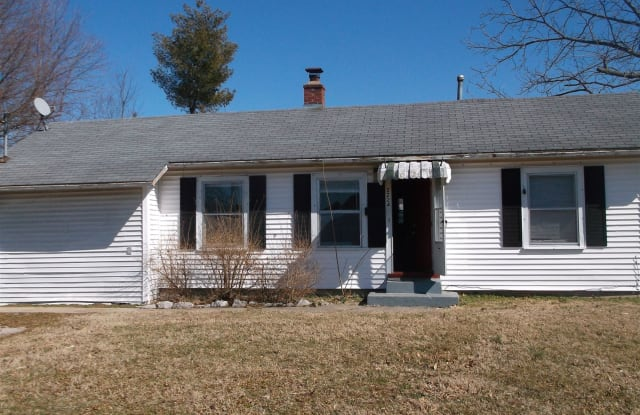 2224 N Weller Ave - 2224 North Weller Avenue, Springfield, MO 65803