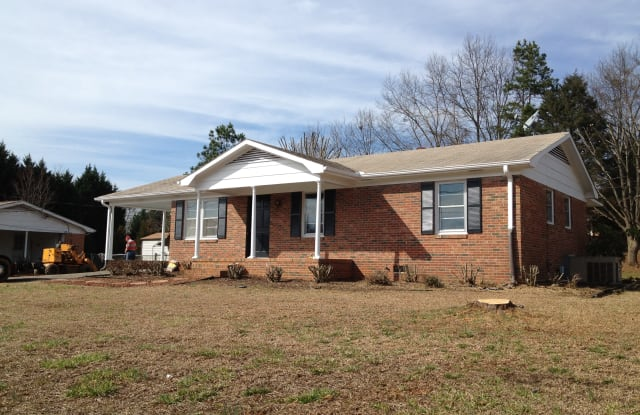1013 McAlister Road - 1013 Mcalister Road, Easley, SC 29642
