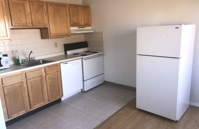 (August) Oakland) To (Pitt)orcmu), (4 BATHROOMS) - 3889 Bigelow Boulevard, Pittsburgh, PA 15213