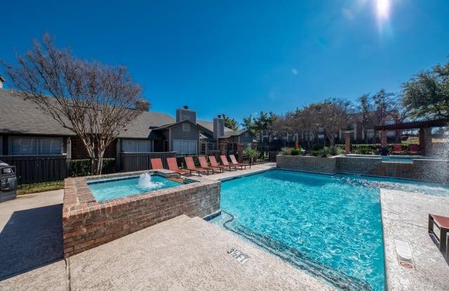Village Green of Bear Creek - 1800 Fuller Wiser Rd, Euless, TX 76039