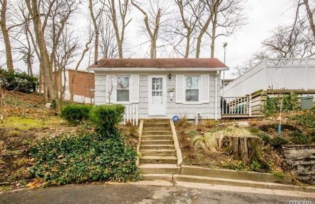 1 Preston Street - 1 Preston Street, Port Washington, NY 11050