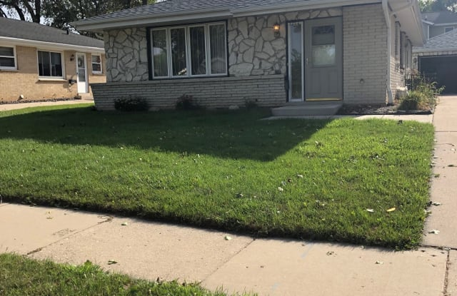 3754 S 93rd St - 3754 South 93rd Street, Milwaukee, WI 53228