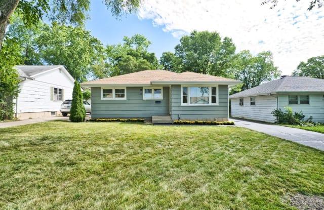203 Rouse Avenue - 203 Rouse Avenue, Mundelein, IL 60060