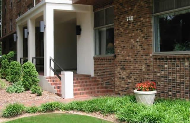 Wedgwood - 740 Smallwood Dr, Raleigh, NC 27605