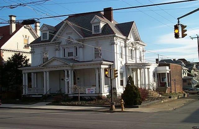 114 E Fayette Street - 114 East Fayette Street, Uniontown, PA 15401