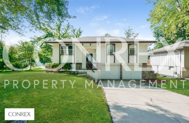 107 Brentwood Drive - 107 Brentwood Drive, Belton, MO 64012
