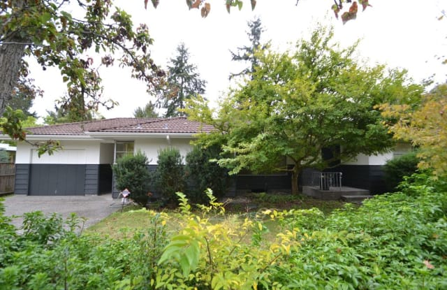 710-2315 NE 104th Way - 710 N 104th St, Seattle, WA 98133