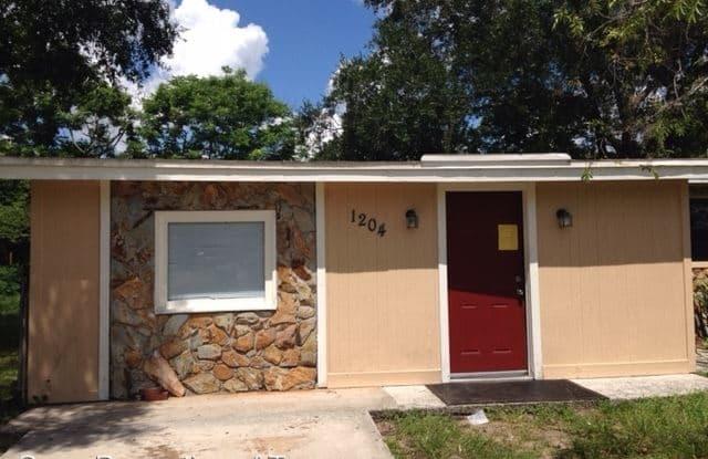 1204 E Camellia Dr - 1204 East Camellia Drive, Brandon, FL 33510