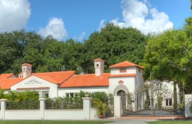 100 W DAVIS BOULEVARD - 100 West Davis Boulevard, Tampa, FL 33606
