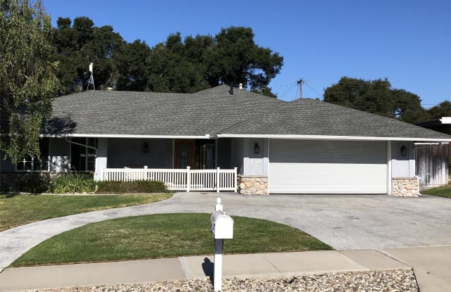 4072 Clubhouse Road - 4072 Club House Rd, Vandenberg Village, CA 93436