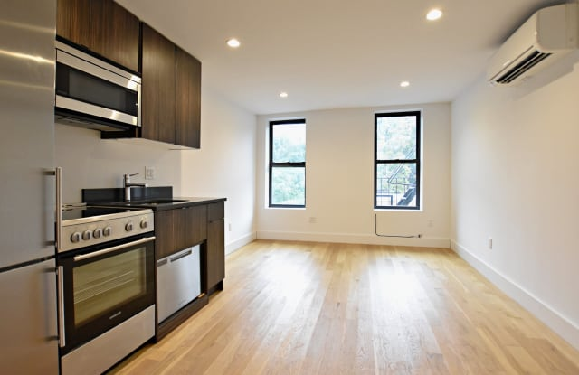 738 E 6th St - 738 East 6th Street, New York, NY 10009