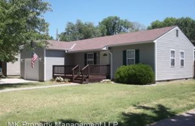 2120 Green - 2120 Green Avenue, Manhattan, KS 66502