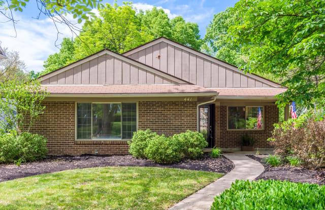 441 Volusia Ave - 441 Volusia Avenue, Oakwood, OH 45409