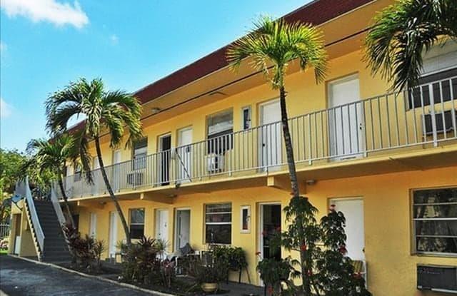 Biscayne Shores - 8951 NE 8th Ave, Miami, FL 33138