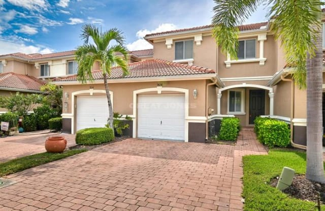 9656 Roundstone Circle - 9656 Roundstone Circle, Three Oaks, FL 33967
