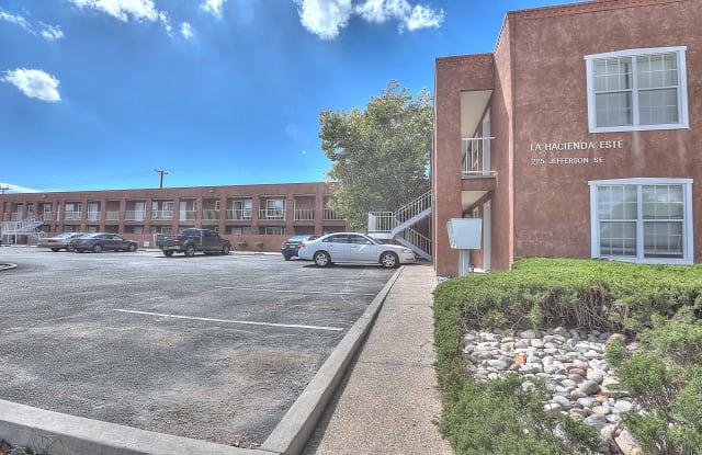 Hacienda Este Apartments - 225 Jefferson Street Southeast, Albuquerque, NM 87108