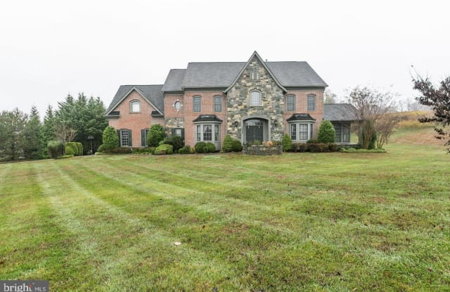16843 HARBOUR TOWN DR - 16843 Harbour Town Dr, Cloverly, MD 20905